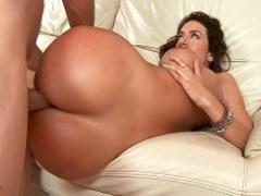 Franceska Jaimes tiene un culo caliente