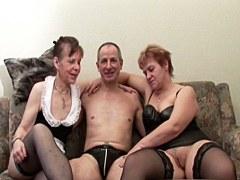 Dos abuela alemana en casting de porno con el abuelo extraño