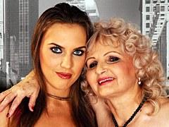 XXX Lusty Grandmas – Abuela cachonda en un trío antiguo y joven